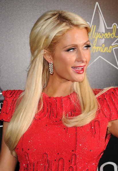 Paris+Hilton+4th+Annual+Hollywood+Domino+Gala+xKm39teL3Iul