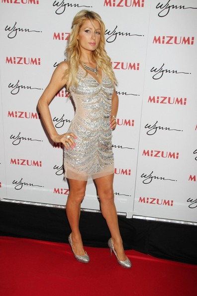 Paris+Hilton+Celebs+Opening+Mizumi+Wynn+Vegas+MjSxT8s9L8al