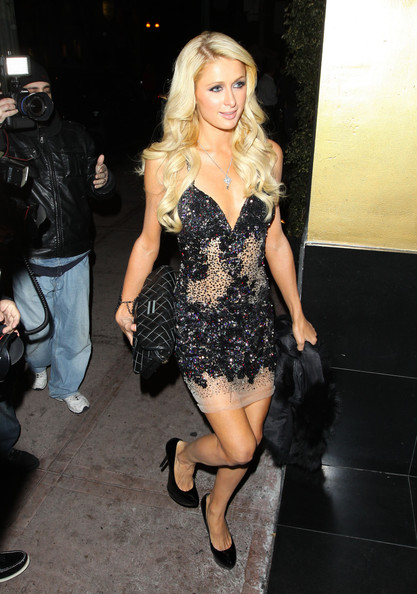 Paris+Hilton+Paris+Hilton+Extends+Birthday+cEldX_39Rw2l